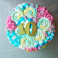 Galéria: A szivárvány minden színe egy tortában