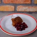 Csokis rizskoch rumosmeggykompóttal
