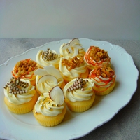 Zabmorzsás cupcake fahéjas almatöltelékkel