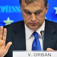 Gyere ide, takarodj! - Orbán és az Unió
