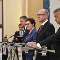 Brüsszel menekültpolitikája nem bukott meg, csak Orbánék nem kérnek belőle