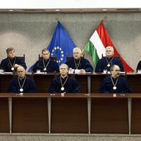 Lex fideszes alkotmánybírák