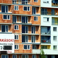 Súlyos lakhatási problémák Magyarországon –  Szerencsés lehet az, akinek van pesti lakása