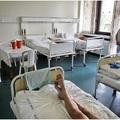 Hiába a béremelés, ha közben óriási a kórházak adóssága...