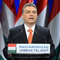 Hazugságok és nagyívű ígéretek - évet értékelt Orbán Viktor