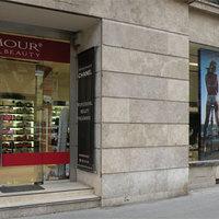 Glamour Beauty shop az Andrássy-n