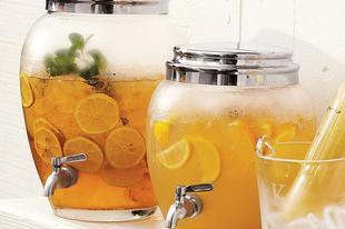 Egy pohár limonádét?