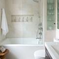 Extra helykihasználás kis fürdőszobában