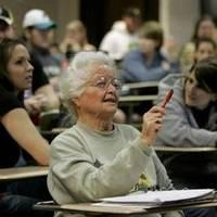 Egy 87 éves főiskolás, Rose