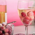Fogd a bort és tartsd hűvösen fagyasztott szőlővel!