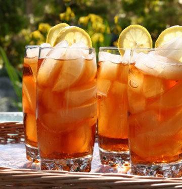 Gyümölcsös jeges tea.jpg