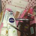 A tesztelm.blog.hu-n a legújabb Krémmánia beauty boxról olvashattok. @kremmaniahu #beautybox #beauty #surprisebox #meglepetésdoboz #hungarianblogger #bloglife #blog #instahun