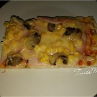Túró alapú pizza