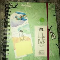 DM Life Book