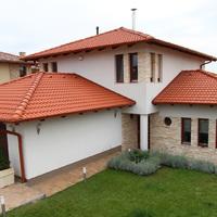 A tető színe