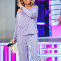 Liptai Claudia pizsamában vezetett műsort