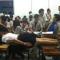Tombol a planking Thaiföldön is