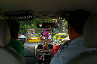 Bangkok taxiból...