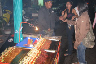 Arcok a bangkoki éjszakából