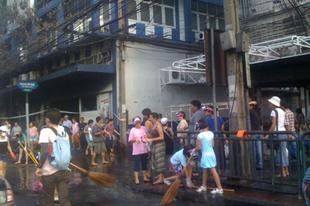 Nagytakarítás Bangkokban