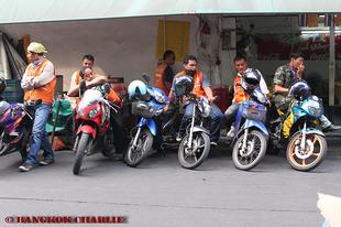 Taxióra motorkerékpárra