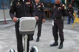 Segway a thai rendőröknek