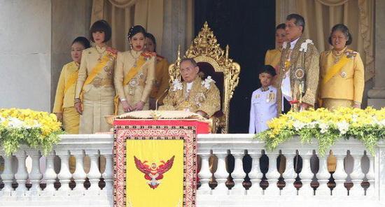 King_bd_2012_family_resize.jpg