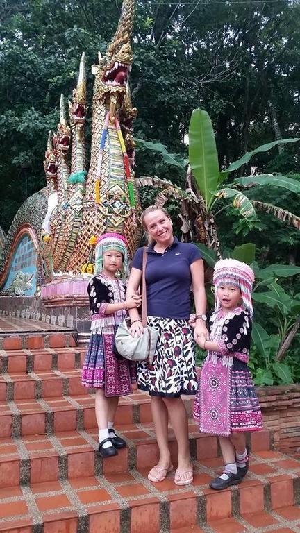 hmong_girls_2.jpg
