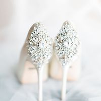 Esküvői cipők gyöngyszeme! - Esküvő Tündér