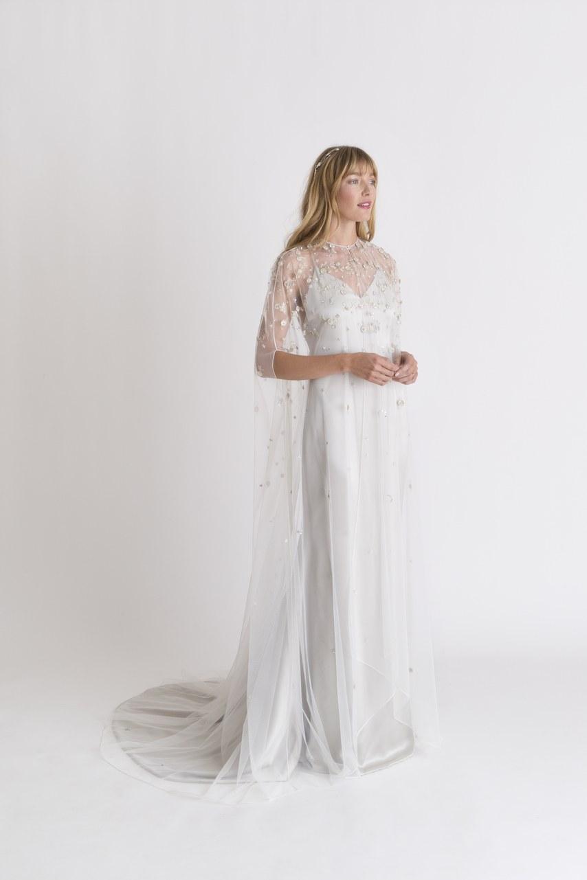 kopeny 2.jpg. Fekete az új fehér. A fehér menyasszonyi ruha ... ce975dd011