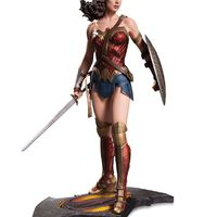 Wonder Woman is szoborba lett öntve