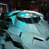 Testközelből az új Batmobil