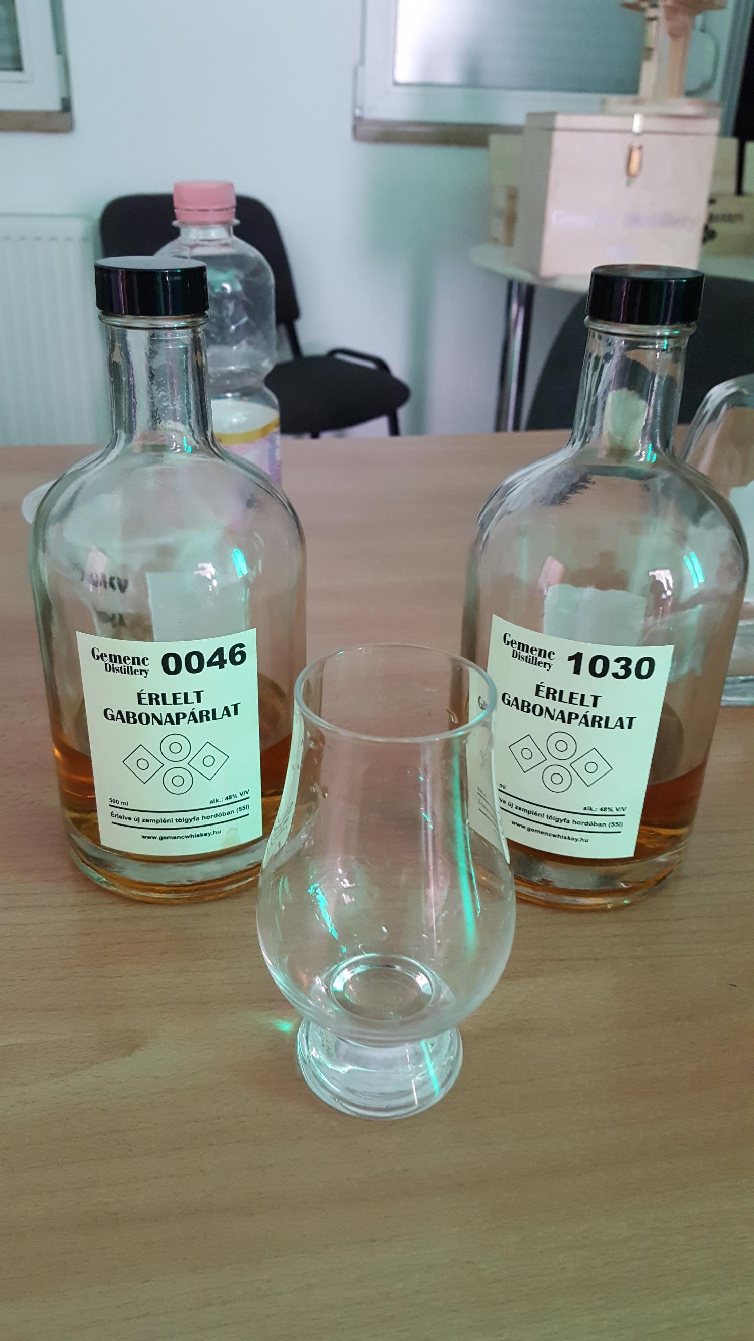 Két alapkiadás palackozott változatban