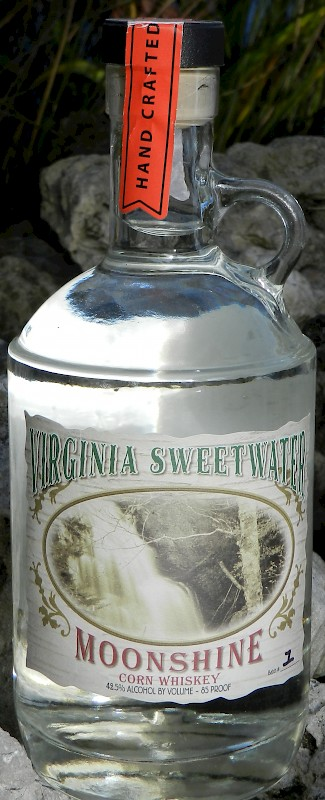 distilleries-virginia-sweetwater-distillery-virginia-sweetwater-moonshine_600x800.jpg