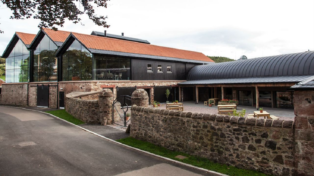 lindores_abbey_distillery.jpg