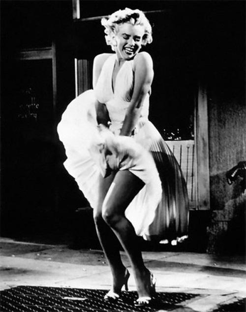 Marilyn_Monroe_skirt.jpg