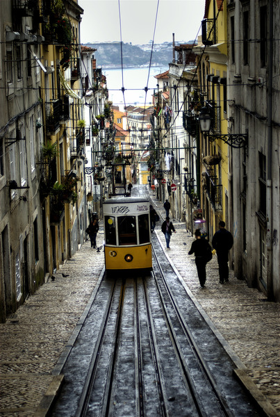 Tram-in-narrow-streets.jpg
