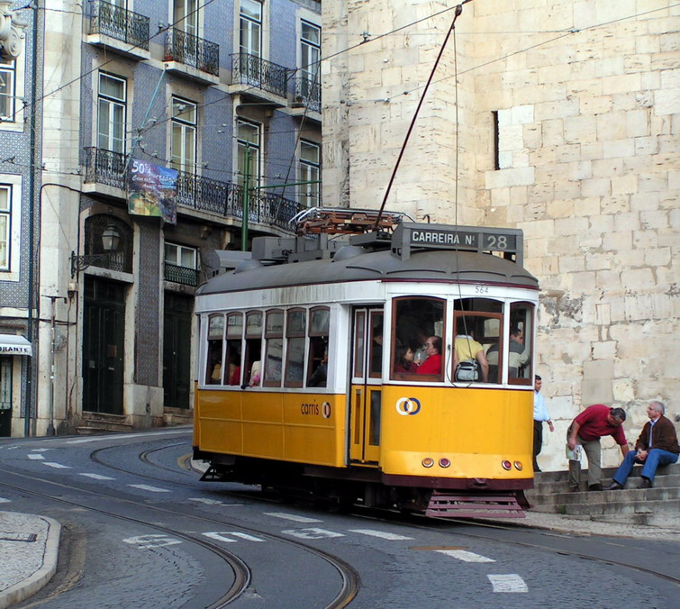 lisboa_tram.jpg