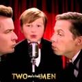 Két pasi meg egy kicsi (Two and a Half Men) 2003-2015