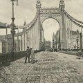 130 ezer kockakő az Erzsébet hídon