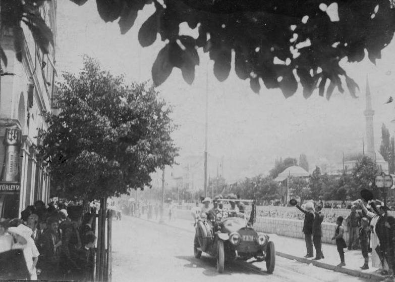 02_1914.jpg