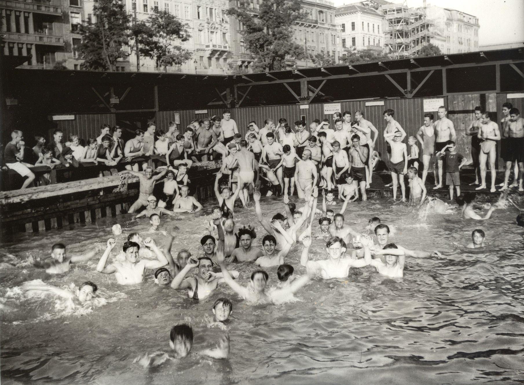 dunafurdo1930.jpg