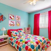 Türkiz színek a lakásban