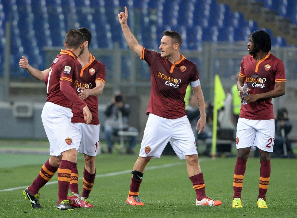 Francesco-Totti-anoto-victoria-Roma_LNCIMA20140317_0204_28.jpg