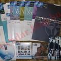 Ingyen cuccok - Nato DVD-k, füzetek