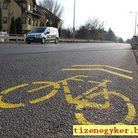 Kerékpársáv helyett kerékpáros nyom
