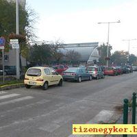Megszívatott autósok a Kondorosi úton