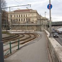 Szabálytalan kerékpározásra ösztönöz a magyaros közlekedésszervezés