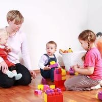 Rugalmas bölcsikkel a dolgozó anyákért