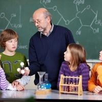 Mi kell ahhoz, hogy előléptessenek egy pedagógust?